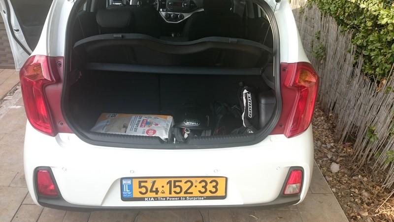 קיה פיקנטו 1.0 ליטר אוטומטית - תא מטען בנפח 200 ליטר - קטן יחסית