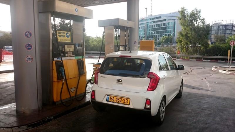 קיה פיקנטו 1.0 ליטר אוטומטית - חסכונית יחסית בדלק, בעיקר בנסיעה משולבת