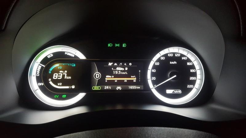 """חסכונית בדלק : טווח של יותר מ-800 ק""""מ בין תדלוקים וצריכת דלק של 20 ק""""מ לליטר בפועל"""