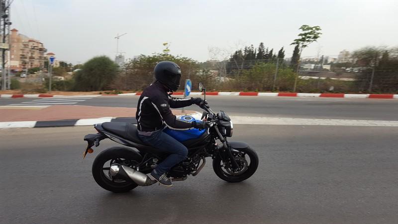 """אופנוע מושלם לבוגרי קטנועים ואופנועים בנפח עד 500 סמ""""ק."""