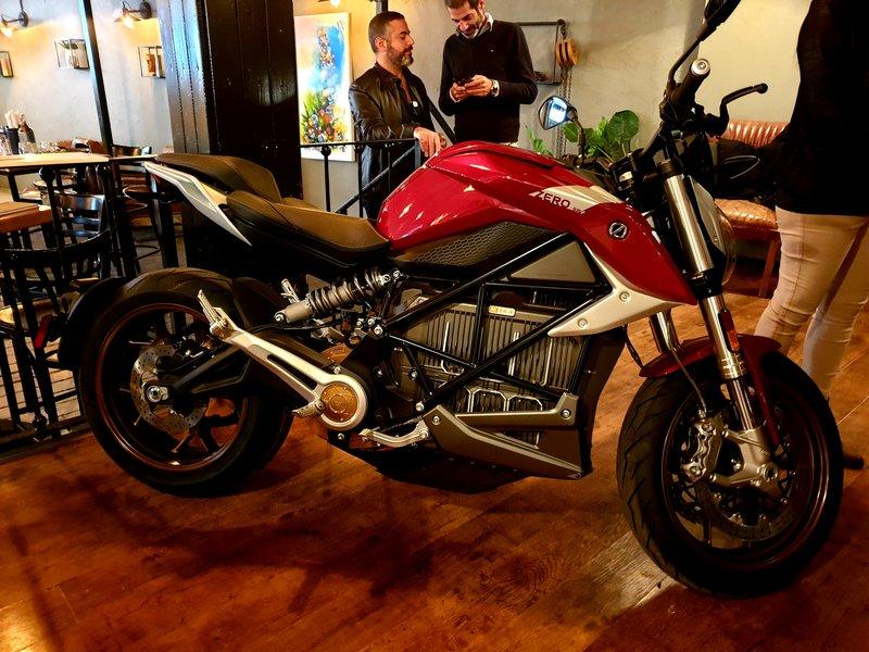אופנוע ZERO החשמלי
