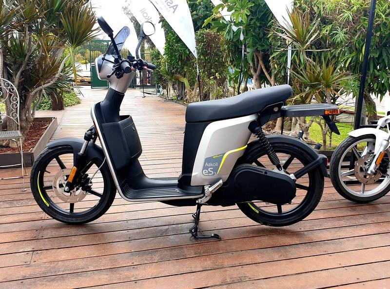 קטנוע חשמלי אסקול בגרסה המיועדת לפרטיים
