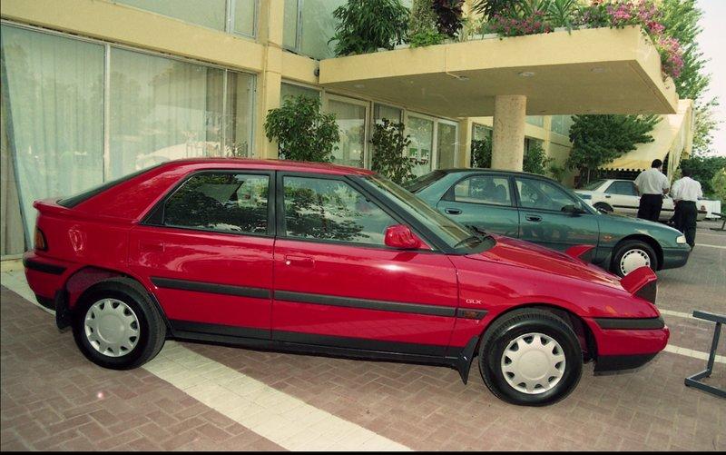 מאזדה 323F 1992-1995