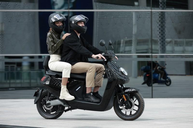 קטנוע NIU חשמלי GT1