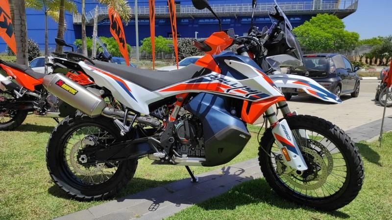 KTM אדוונצ'ר 890 ראלי 2021